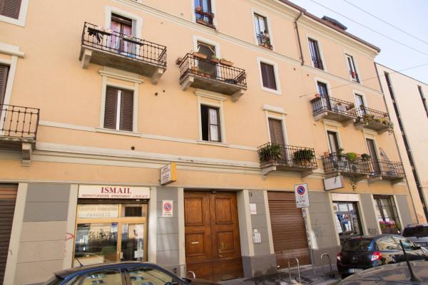 Bilocale Milano Via Paolo Frisi 2