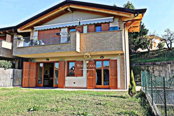 Appartamento in vendita a Barzanò, 2 locali, prezzo € 110.000 | Cambio Casa.it