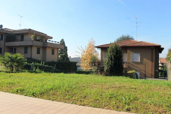 Bilocale Barzanò Via Paladini 3
