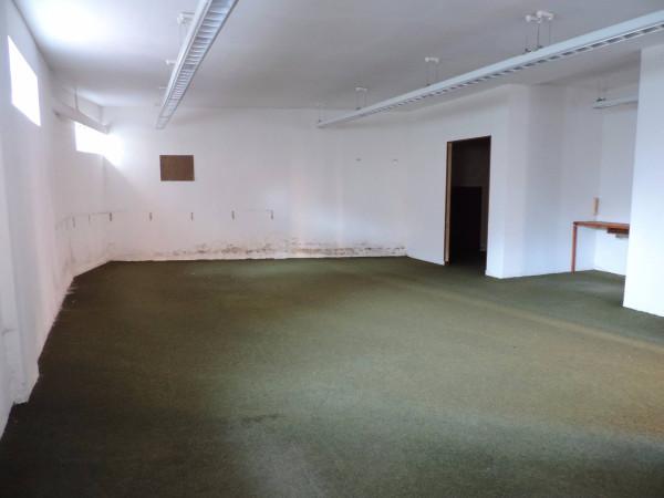 Laboratorio in Vendita a Genova Periferia Est:  1 locali, 120 mq  - Foto 1