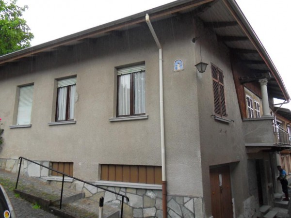 Villa a Schiera in vendita a Pollone, 6 locali, prezzo € 75.000 | Cambio Casa.it