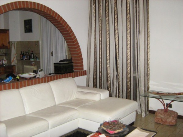 Appartamento in affitto a Roncoferraro, 3 locali, prezzo € 440 | Cambio Casa.it
