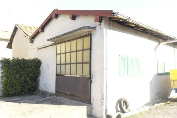 Magazzino in vendita a Brebbia, 9999 locali, prezzo € 140.000 | Cambio Casa.it