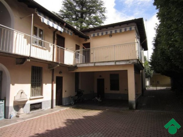 Bilocale Legnano Via Ticino 3