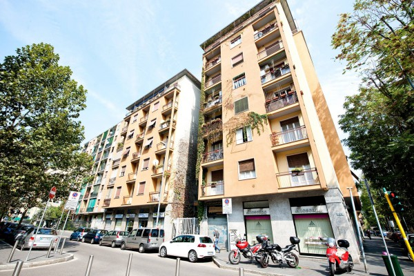 Immobile Commerciale in vendita a Milano (QT8, Gallaratese, San Siro)-http://mediaserver.getrix.it/ad/54098078/1/d22b7de4249921aaa7e71a1a324fa7de/print.jpg