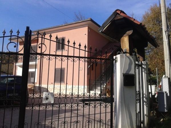 Soluzione Indipendente in vendita a Civitella Roveto, 6 locali, prezzo € 190.000 | Cambio Casa.it