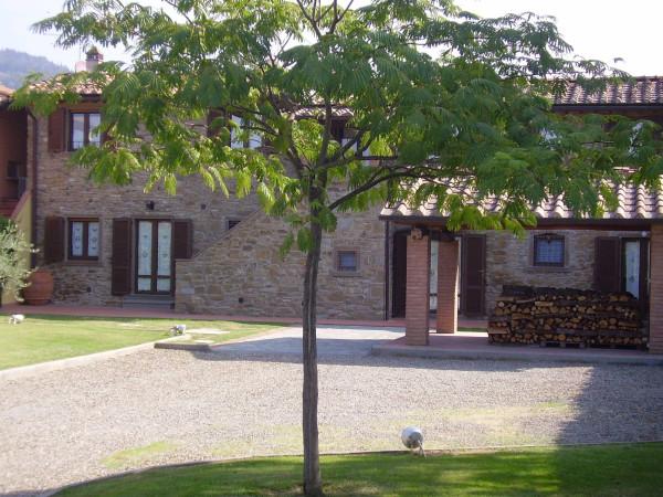 Casa indipendente in Vendita a Arezzo Periferia Sud: 5 locali, 240 mq