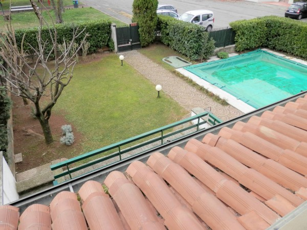Villa in vendita a Travagliato, 6 locali, prezzo € 350.000 | Cambio Casa.it