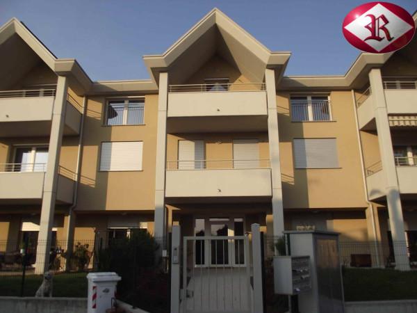 Appartamento in vendita a Vedano Olona, 4 locali, prezzo € 265.000 | Cambio Casa.it