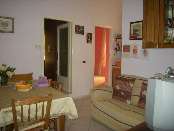 Appartamento in vendita a Formia, 3 locali, prezzo € 120.000 | Cambio Casa.it