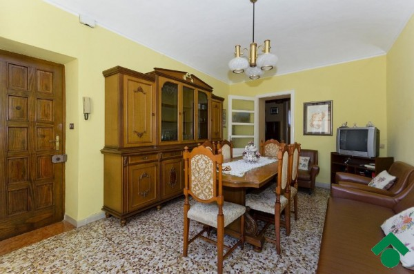 Bilocale Chieri Via Carlo Alberto, 5 1