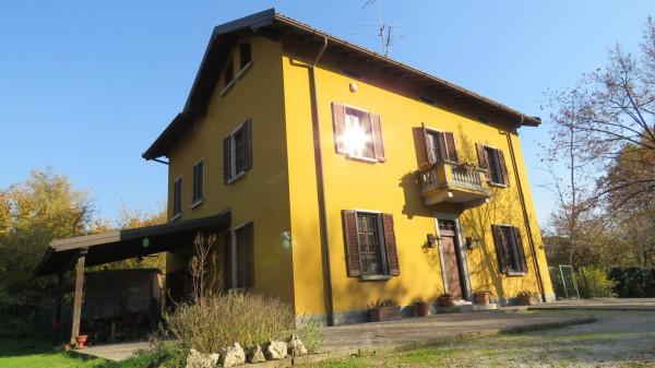 Villa in vendita a Castello di Brianza, 2 locali, prezzo € 590.000 | Cambio Casa.it