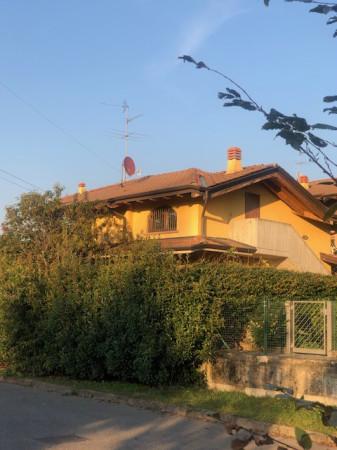 Bilocale Costa di Mezzate Via Don Luigi Sturzo 3