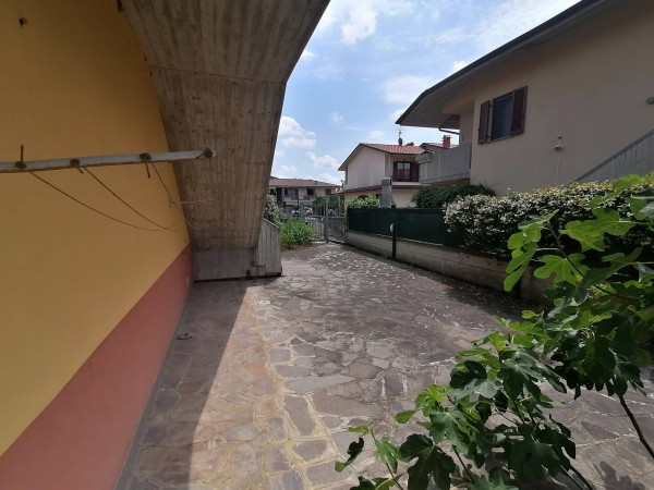 Bilocale Costa di Mezzate Via Don Luigi Sturzo 4