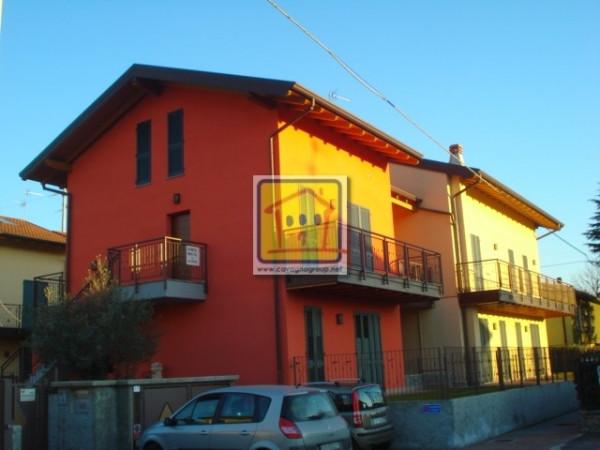 Bilocale Mapello Via Dante Alighieri 9