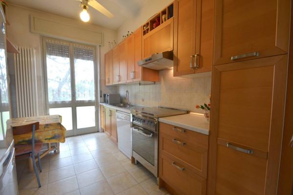 Villa in vendita a Lentate sul Seveso, 6 locali, prezzo € 365.000 | Cambio Casa.it
