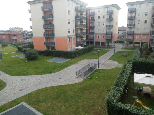 Bilocale Seriate Viale Lombardia 12
