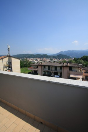 Bilocale Como Via Belvedere 12