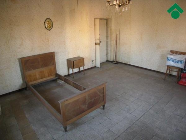 Bilocale Castellanza Via Borsano 9