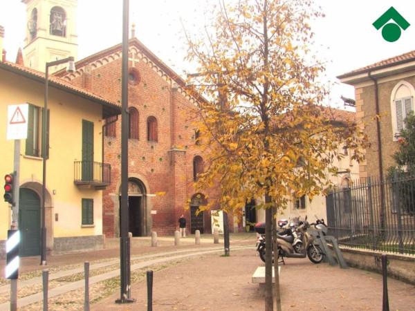 Bilocale Milano Via Belluno, 29 10