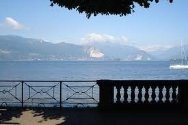 Bilocale Laveno Mombello Via Gerolamo Pirinoli 12