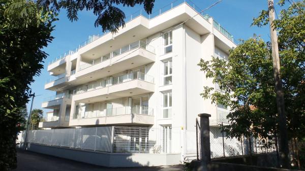 Attico / Mansarda in vendita a Gallarate, 4 locali, prezzo € 750.000 | Cambio Casa.it
