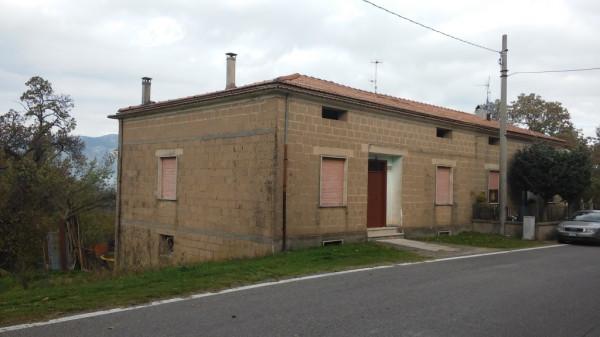 Soluzione Indipendente in vendita a Conca della Campania, 6 locali, prezzo € 98.000 | Cambio Casa.it