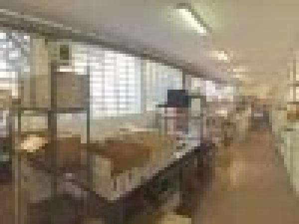 Laboratorio in affitto a Cologno Monzese, 6 locali, prezzo € 2.300 | Cambio Casa.it