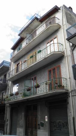 Appartamento in vendita a Paternò, 6 locali, prezzo € 109.000 | Cambio Casa.it