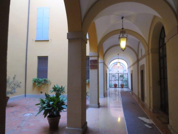 Bilocale Bologna Via Solferino 5