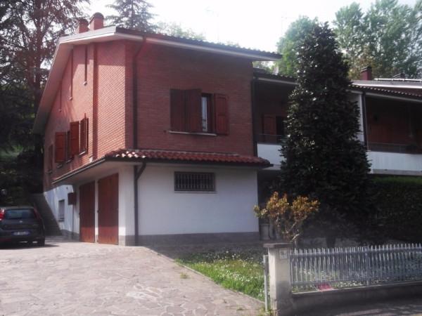 Villa in vendita a Castelvetro di Modena, 6 locali, prezzo € 315.000 | Cambio Casa.it