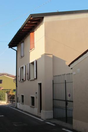 Bilocale Trenzano Via Castello 1