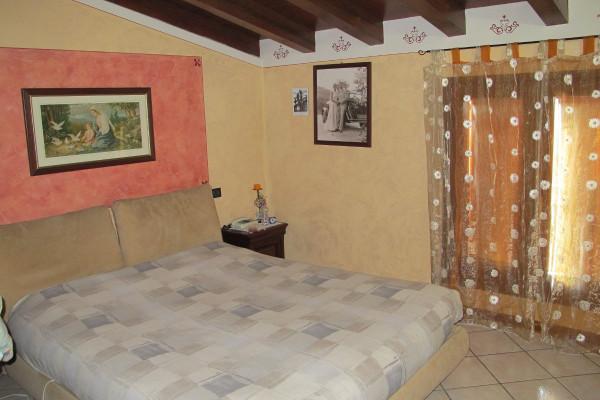 Bilocale Trenzano Via Castello 10