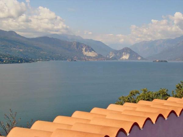 Villa in vendita a Leggiuno, 6 locali, Trattative riservate | Cambio Casa.it