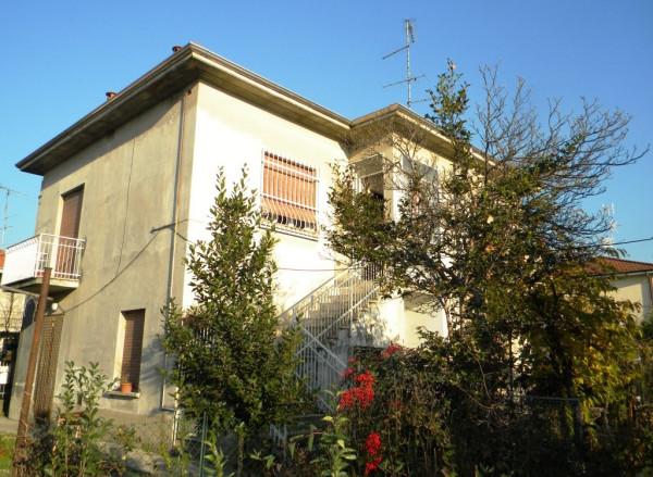 Villa in vendita a Cavaria con Premezzo, 6 locali, prezzo € 299.000 | Cambio Casa.it