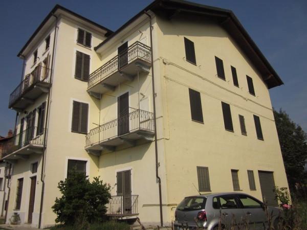 Casa indipendente in Vendita a Castellamonte Centro: 5 locali, 188 mq