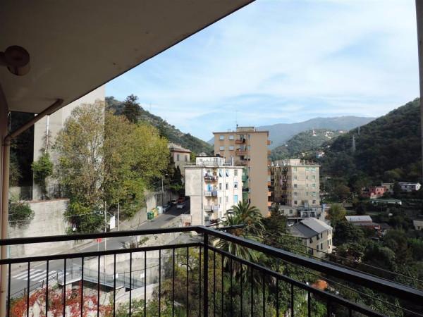 Bilocale Genova Via Cadighiara 1