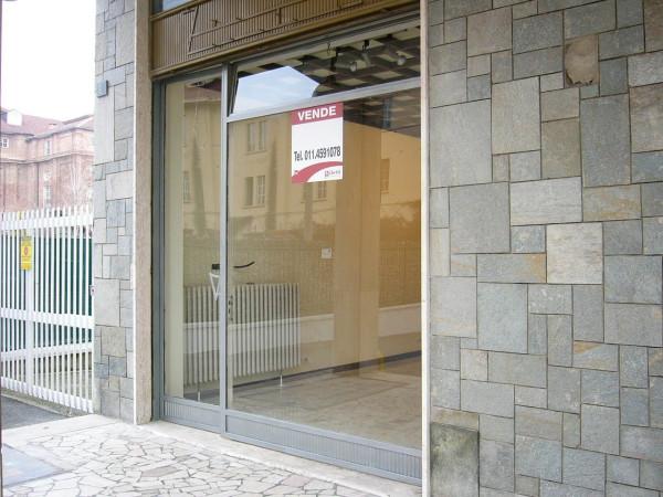 Negozio / Locale in vendita a Venaria Reale, 2 locali, prezzo € 55.000 | CambioCasa.it