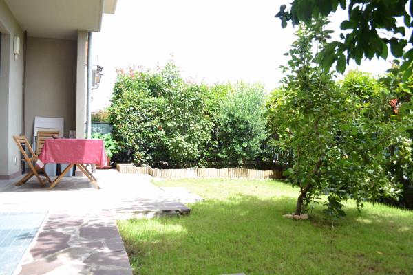 Bilocale Vanzago Via Lorenzo Perosi 10