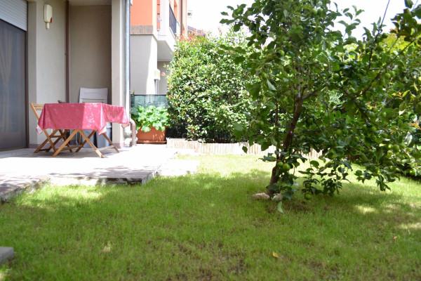 Bilocale Vanzago Via Lorenzo Perosi 11