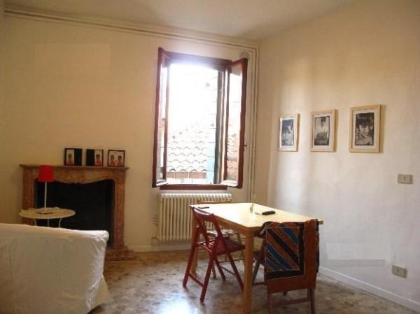 Bilocale Venezia San Polo 1