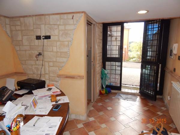 Bilocale Marino Via Marco Bellucci 12