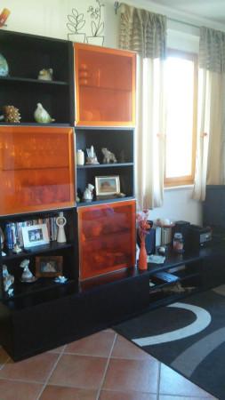 Appartamento in vendita a Casole d'Elsa, 3 locali, prezzo € 145.000 | CambioCasa.it