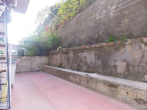 Bilocale Genova Via Digione 1