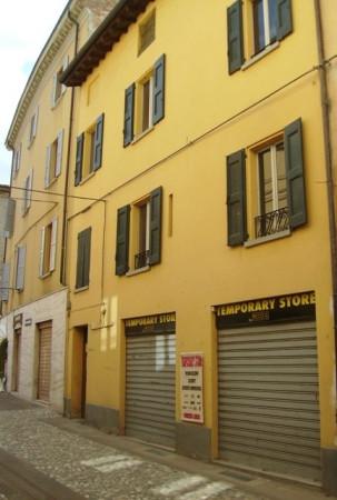 Palazzo in Vendita a Vignola Centro: 5 locali, 650 mq