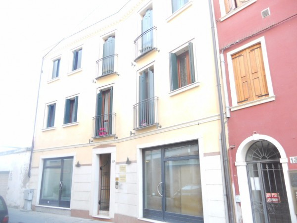 Bilocale Rovigo Via Nicola Badaloni 2