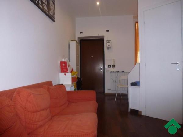 Bilocale Milano Via Delle Leghe, 14 1