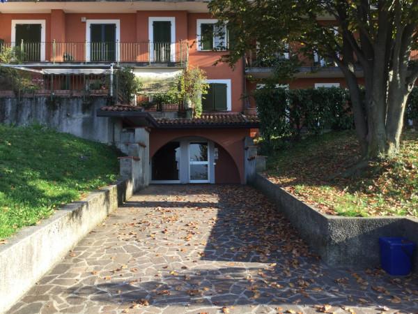 Bilocale Castello di Brianza  4