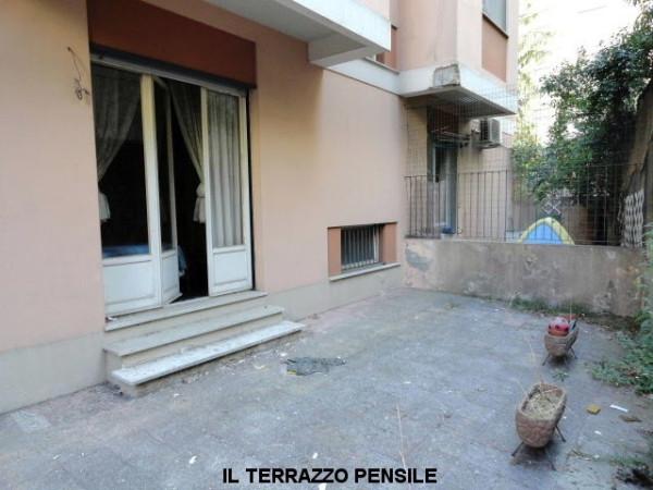 Bilocale Genova Via Del Capriolo 11