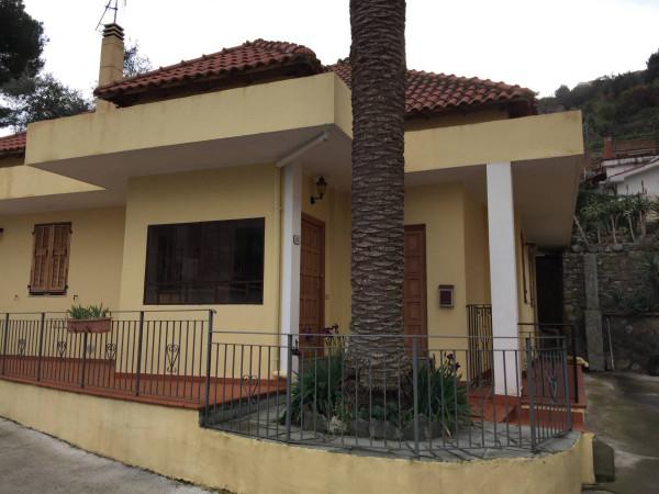 Villa in vendita a Ventimiglia, 6 locali, prezzo € 335.000 | Cambio Casa.it